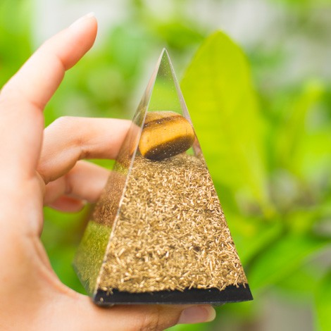 ORGONITE TIGER EYE TOURMALINE pyramid