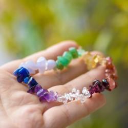 zapestnica s kristali, darilo, duhovnost,