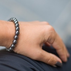 high iron content, helps with fatigue, menstrual disorders, HEMATITE bracelet