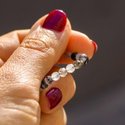 energy jewelry, overcome fears