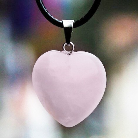 NECKLACE HEART ROSE QUARTZ