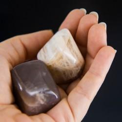 mesečev kamen, brušen kristal