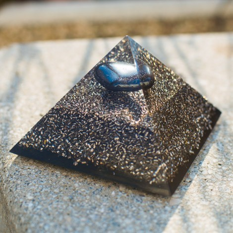 HEMATITE and SHUNGITE orgonite pyramid