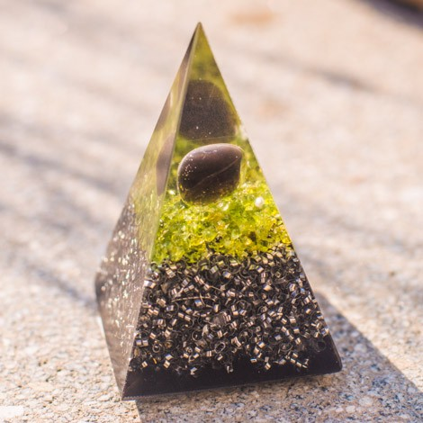 APACHE TEAR and SHUNGITE orgonite pyramid