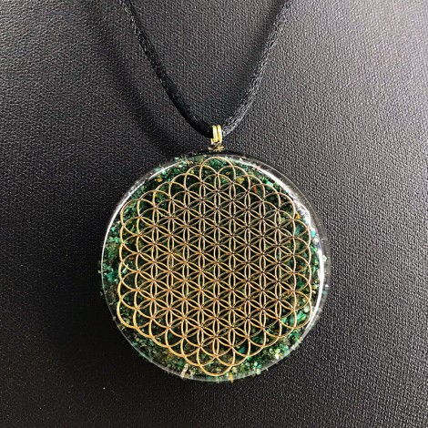 FUCHSITE and BLACK TOURMALINE Orgonite necklace flower of life