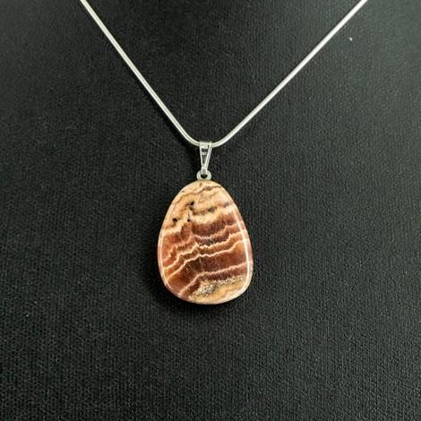 rodokrozit energijska ogrlica, trgovina s kristali, srčna čakra