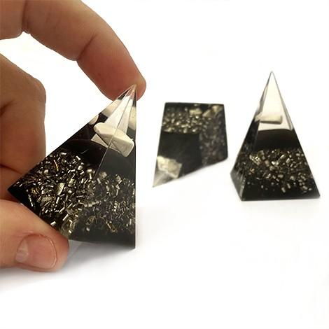 orgonit piramida zaščita za dom, zaščita pred sevanjem, trgovina s kristali