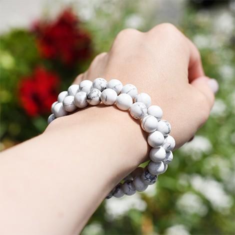 magnezite crystal, crystal shop, energy bracelet