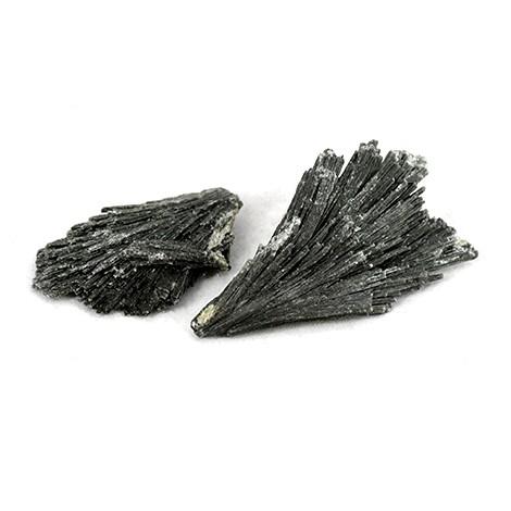 kianit, kristal za korensko čakro