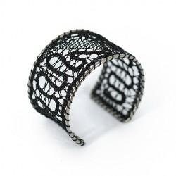 slovensko ročno delo, darila za rojstni dan, čipka, ročno izdelana zapestnica, klekljana zapestnica, klekljan nakit