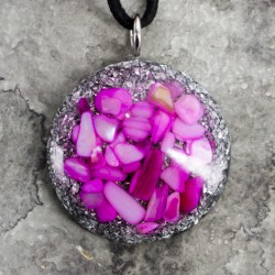 ORGONITE necklace, ORGONITE necklace with shells, shells, pink shells, orgone energy, energy jewelry