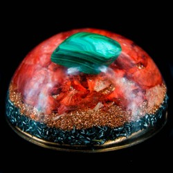 Orgonite, malachite, crystal, energetic, oval, stress, self-confidence, protection