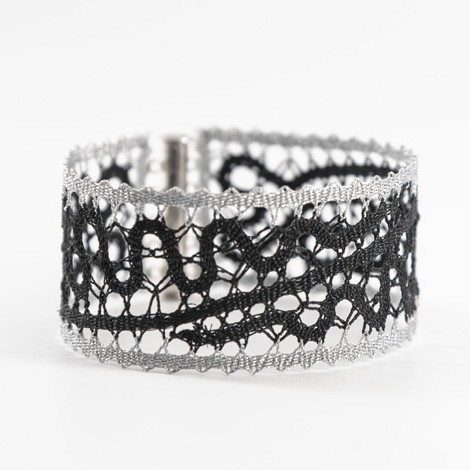 Idrija lace, handmade, black and white, bracelet, jewelry