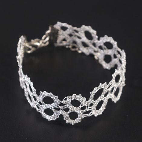 idrijska čipka, ročno izdelana, bela, zapestnica, nakit