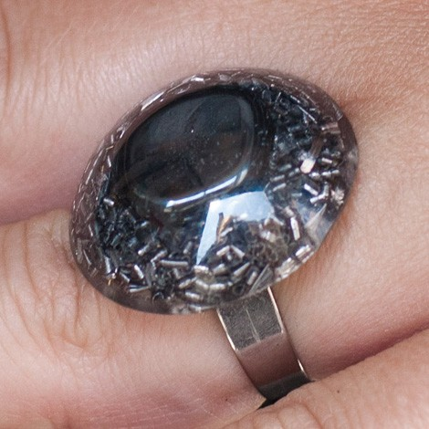 Orgonite, crystal, energy jewelry, ring, hematite orgone ring, improving the retention of iron.